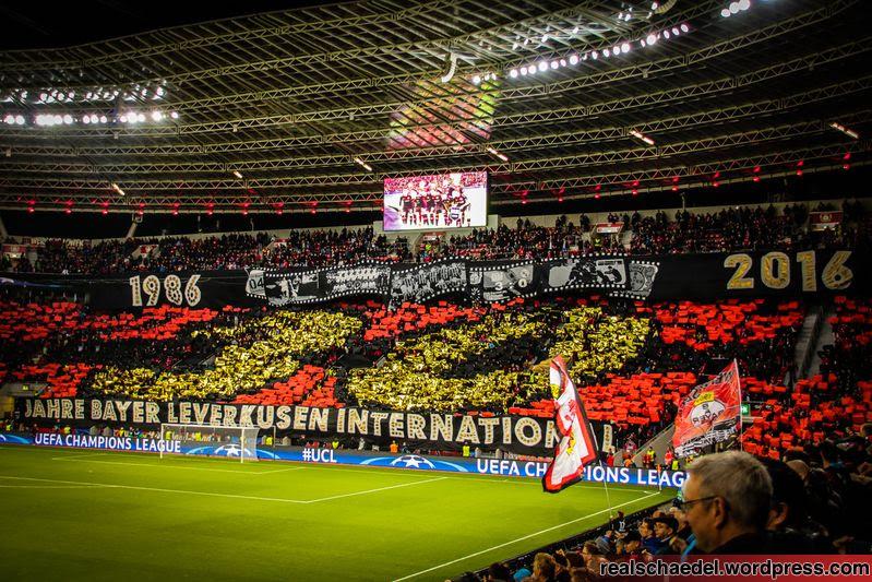Choreographie von Bayer 04 in der Champions League für den Fußball-Blog Pillenliebe
